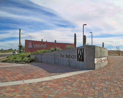 UA BioPark – Pathway to Discovery / Kino Parkway Streetscape